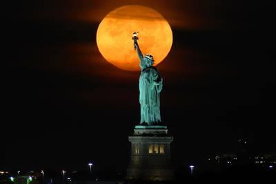 Harvest Moon 2021: 10 stunning photos of September's full moon
